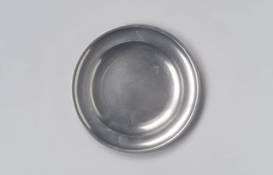 Thomas Danforth Boardman (American, 1784-1873). <em>Plate</em>, 1805-1820. Pewter, 3/4 x 7 3/4 x 7 3/4 in. (1.9 x 19.7 x 19.7 cm). Brooklyn Museum, Designated Purchase Fund, 45.10.77. Creative Commons-BY (Photo: Brooklyn Museum, 45.10.77.jpg)