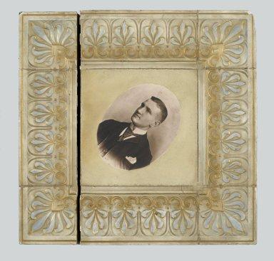 American Encaustic Tile Company Ltd. (1875-1935). <em>Tile</em>, 1895. Glazed earthenware Brooklyn Museum, Gift of Louis C. Garth, 45.139.3 (Photo: Brooklyn Museum, 45.139.3_PS2.jpg)