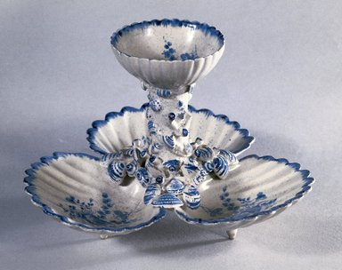 Gousse Bonnin. <em>Sweetmeat Dish</em>, 1770-1772. Soft-paste porcelain, underglaze, 5 1/4 x 7 1/4 x 7 1/4 in. (13.3 x 18.4 x 18.4 cm). Brooklyn Museum, Museum Collection Fund, 45.174. Creative Commons-BY (Photo: Brooklyn Museum, 45.174_reference_SL1.jpg)