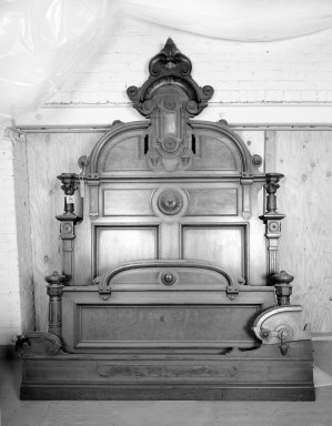 American. <em>Double Bed</em>, ca. 1870-1880. Walnut wood, Headboard: 98 x 67 x 84 in. (248.9 x 170.2 x 213.4 cm). Brooklyn Museum, Gift of Eleanor Curnow in memory of her mother, Mary Griffith Curnow, 45.25.1. Creative Commons-BY (Photo: Brooklyn Museum, 45.25.1_bw.jpg)