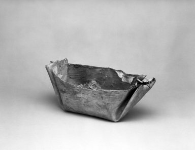 Possibly Chippewa (Anishinaabe). <em>Sap Trough</em>, 1910. Birch bark, resin, fabric, 7 1/2 × 17 × 7 3/4 in. (19.1 × 43.2 × 19.7 cm). Brooklyn Museum, By exchange, 46.100.27. Creative Commons-BY (Photo: Brooklyn Museum, 46.100.27_bw.jpg)