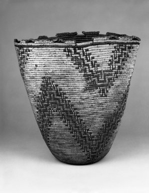 Klikitat. <em>Imbricated Basket with zig-zag stripe designs</em>, late 19th-early 20th century. Fiber, 17 11/16 x 17 5/16 x 16 15/16 in.  (45.0 x 44.0 x 43.0 cm). Brooklyn Museum, Gift of Pratt Institute, 46.136.7. Creative Commons-BY (Photo: Brooklyn Museum, 46.136.7_bw.jpg)