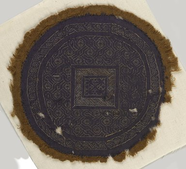 Coptic. <em>Roundel with Geometric Decoration</em>, 4th-5th century C.E. Wool, linen, Diam. 6 11/16 in. (17 cm). Brooklyn Museum, Gift of Pratt Institute, 46.157.11. Creative Commons-BY (Photo: Brooklyn Museum, 46.157.11_PS9.jpg)
