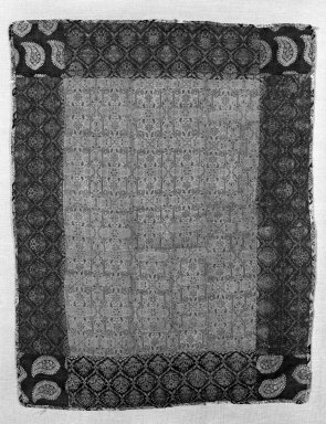<em>Square of Japanese Brocade with Dragons and Chrysanthemums</em>, 17th-18th century. Silk, metal threads Brooklyn Museum, Gift of Pratt Institute, 46.189.11. Creative Commons-BY (Photo: Brooklyn Museum, 46.189.11_bw.jpg)