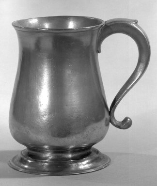 William Will. <em>Pewter Mug</em>, 1764-1798. Pewter, 6 1/8 x 4 1/2 in. (15.6 x 11.4 cm). Brooklyn Museum, Museum Collection Fund, 46.191. Creative Commons-BY (Photo: Brooklyn Museum, 46.191_acetate_bw.jpg)
