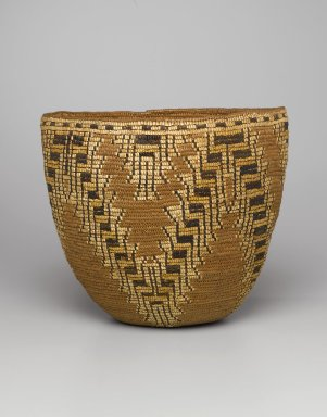 Wasco. <em>Imbricated Basket with Stepped Patterns</em>, early 20th century. Cedar fibers, spruce root, grass, bleach, 11 1/2 x 12 x 10 15/16 in. (29.2 x 30.5 x 27.8 cm). Brooklyn Museum, Charles Stewart Smith Memorial Fund, 46.193.5. Creative Commons-BY (Photo: Brooklyn Museum, 46.193.5_PS1.jpg)