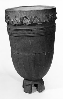 <em>Drum</em>, late 19th or early 20th century. Wood, hide, 35 1/2 x 22 1/2 in. (90.0 x 57.0 cm). Brooklyn Museum, Gift of A.F.G. Raikes, 47.211. Creative Commons-BY (Photo: Brooklyn Museum, 47.211_bw.jpg)