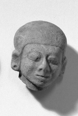 <em>Head</em>. Clay, 2 11/16 x 2 1/4 in. (6.8 x 5.7 cm). Brooklyn Museum, Anonymous gift, 47.212.1. Creative Commons-BY (Photo: Brooklyn Museum, 47.212.1_acetate_bw.jpg)