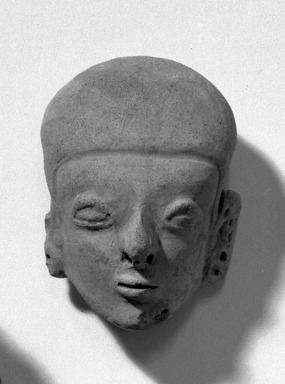 <em>Head</em>. Clay, 3 1/8 x 2 3/16 in. (8 x 5.6 cm). Brooklyn Museum, Anonymous gift, 47.212.2. Creative Commons-BY (Photo: Brooklyn Museum, 47.212.2_acetate_bw.jpg)