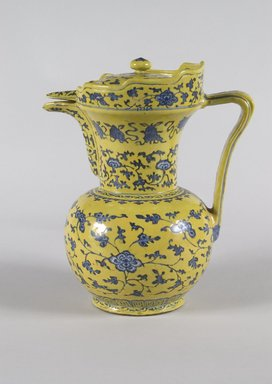 <em>Ewer and Cover</em>, 18th-19th century. Porcelain, With spout and handle: 10 9/16 x 9 1/16 x 6 7/16 in. (26.8 x 23 x 16.3 cm). Brooklyn Museum, Anonymous gift, 47.219.23a-b. Creative Commons-BY (Photo: Brooklyn Museum, 47.219.23a-b_PS5.jpg)