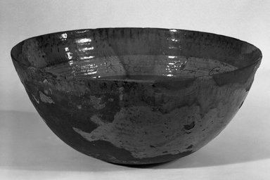 American. <em>Punch Bowl</em>, 1792. Earthenware, 7 1/8 x 16 1/2 x 16 1/2 in. (18.1 x 41.9 x 41.9 cm). Brooklyn Museum, Dick S. Ramsay Fund, 48.143. Creative Commons-BY (Photo: Brooklyn Museum, 48.143_bw.jpg)