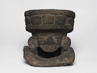 Teotihuacan. <em>Basalt Figure of Huehueteotl</em>, 200-750. Stone, 12 x 10.75 x 8.25 in.  (30.5 x 27.3 x 21.0 cm). Brooklyn Museum, By exchange, 48.22.4. Creative Commons-BY (Photo: Brooklyn Museum, 48.22.4_overall_PS9.jpg)