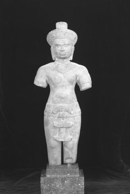 <em>Standing Figure of a Male Deity</em>, 12th century. Brown sandstone, 19 1/2 x 7 1/2 in. (49.6 x 19 cm). Brooklyn Museum, Museum Collection Fund, 51.237. Creative Commons-BY (Photo: Brooklyn Museum, 51.237_acetate_bw.jpg)