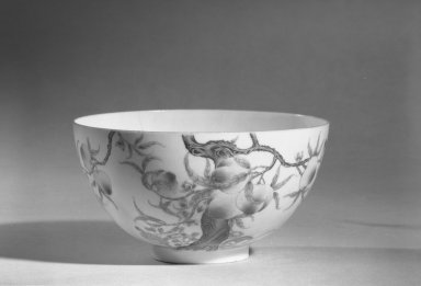 <em>Bowl</em>, 1736-1795. Porcelain with painting in overglaze enamels, 6.8 x 12.3 cm (6.8 x 12.3 cm). Brooklyn Museum, The William E. Hutchins Collection, Bequest of Augustus S. Hutchins, 52.49.45. Creative Commons-BY (Photo: Brooklyn Museum, 52.49.45_acetate_bw.jpg)
