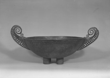 Matankol. <em>Food Bowl</em>, 19th century. Wood, parinarium nut paste, 23 x 56 1/2 x 36 3/4 in. (58.4 x 143.5 x 93.3 cm). Brooklyn Museum, A. Augustus Healy Fund and Museum Collection Fund, 52.52. Creative Commons-BY (Photo: Brooklyn Museum, 52.52_acetate_bw.jpg)
