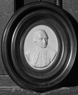 James Tassie (Scottish, 1735-1799). <em>Portrait Medallion</em>, 1792. Glass, Medallion: 4 1/2 x 3 3/8 in. (11.4 x 8.6 cm). Brooklyn Museum, Gift of Emily Winthrop Miles, 53.264.25. Creative Commons-BY (Photo: Brooklyn Museum, 53.264.25_acetate_bw.jpg)