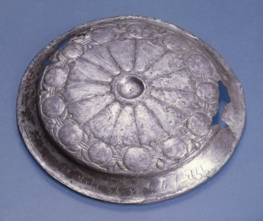 <em>Inscribed Phiale</em>, ca. 410 B.C.E. Silver, 7/8 x Diam. 6 1/4 in. (2.3 x 15.8 cm). Brooklyn Museum, Charles Edwin Wilbour Fund, 54.50.34. Creative Commons-BY (Photo: Brooklyn Museum, 54.50.34_SL1.jpg)