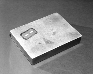 Flavio Poli. <em>Cigarette Box</em>, ca. 1949. Brass and enamel, 1 x 4 1/4 x 5 7/8 in. (2.5 x 10.8 x 14.9 cm). Brooklyn Museum, Gift of the Italian Government, 54.64.10. Creative Commons-BY (Photo: Brooklyn Museum, 54.64.10_bw.jpg)