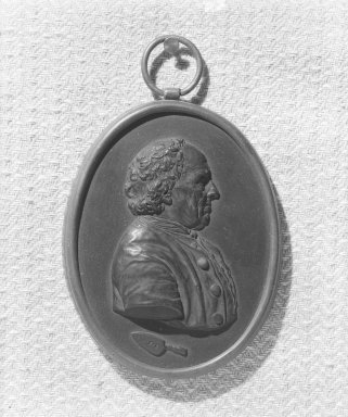 Wedgwood & Bentley (1768-1780). <em>Portrait Medallion</em>, ca.1780. Basaltes, 4 1/4 x 3 3/8 in. (10.8 x 8.6 cm). Brooklyn Museum, Gift of Emily Winthrop Miles, 55.9.21. Creative Commons-BY (Photo: Brooklyn Museum, 55.9.21_acetate_bw.jpg)