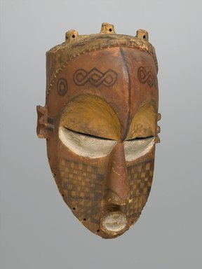 Biombo. <em>Tshimwana Mask</em>, late 19th or early 20th century. Wood, pigment, 13 9/16 x 8 5/16 x 7 1/2 in. (34.4 x 21.1 x 19.1 cm). Brooklyn Museum, Gift of Arturo and Paul Peralta-Ramos, 56.6.10. Creative Commons-BY (Photo: Brooklyn Museum, 56.6.10_PS2.jpg)