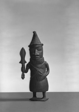 Edo. <em>Standing Figure</em>, 19th or 20th century. Copper alloy, 7 11/16 × 3 3/8 in. (19.5 × 8.5 cm). Brooklyn Museum, Gift of Arturo and Paul Peralta-Ramos, 56.6.75. Creative Commons-BY (Photo: Brooklyn Museum, 56.6.75_acetate_bw.jpg)