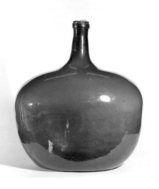 <em>Bottle</em>, ca. 1800. Glass, 16 1/2 x 14 1/2 in. (41.9 x 36.8 cm). Brooklyn Museum, Gift of Harry G. Friedman, 58.191. Creative Commons-BY (Photo: Brooklyn Museum, 58.191_bw.jpg)