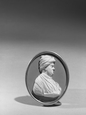 Wedgwood & Bentley (1768-1780). <em>Oval Portrait Medallion</em>. White on blue jasperware Brooklyn Museum, Gift of Emily Winthrop Miles, 59.202.21a. Creative Commons-BY (Photo: Brooklyn Museum, 59.202.21a_acetate_bw.jpg)