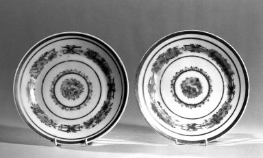 American. <em>Three Tea Plates</em>, ca. 1835. Tucker porcelain, Diam.: 6 1/4 in. (15.9 cm). Brooklyn Museum, Gift of Philip H. Hammerslough, 59.81.3a-c. Creative Commons-BY (Photo: Brooklyn Museum, 59.81.3a-b_bw.jpg)