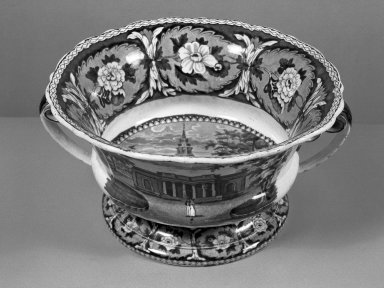 John and William Ridgway (active 1814-1830). <em>Footed Fruit Dish</em>, ca. 1830. Ceramic, glazed, overall: 5 1/8 x 10 1/16 x 10 3/16 in. (13 x 25.5 x 27.5 cm). Brooklyn Museum, Gift of Mrs. William C. Esty, 60.213.171. Creative Commons-BY (Photo: Brooklyn Museum, 60.213.171_acetate_bw.jpg)