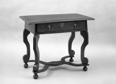 American. <em>Dressing Table</em>, ca. 1690. Walnut, 21 x 36 1/2 x 28 3/8 in. (53.3 x 92.7 x 72.1 cm). Brooklyn Museum, Anonymous gift, 60.78. Creative Commons-BY (Photo: Brooklyn Museum, 60.78_acetate_bw.jpg)