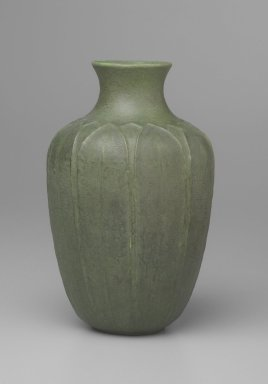 Grueby Faience Co. (1897-1909). <em>Vase</em>, 1899-1905. Glazed earthenware, Height:  9 in.  (22.9 cm);. Brooklyn Museum, Gift from the Collection of Edward A. Behr, 61.113. Creative Commons-BY (Photo: Brooklyn Museum, 61.113_side.jpg)
