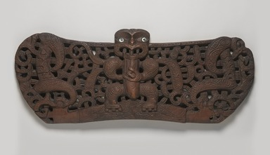Maori. <em>Door lintel (Pare or Korupe)</em>, ca. 1850. Wood, pāua shell, 13 1/2 x 35 1/8 x 1 7/8 in. (34.3 x 89.2 x 4.8 cm). Brooklyn Museum, Frank L. Babbott Fund and Carll H. de Silver Fund, 61.126. Creative Commons-BY (Photo: , 61.126_PS9.jpg)
