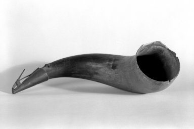 American. <em>Powder Horn</em>, Circa 1830. Iron Brooklyn Museum, Gift of Mrs. Bergen Clover, 61.198.5. Creative Commons-BY (Photo: Brooklyn Museum, 61.198.5_bw.jpg)