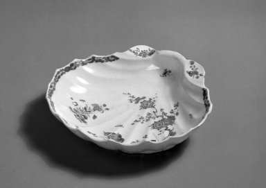 Bow Porcelain Factory. <em>Dish</em>, ca. 1755. Porcelain, 1 11/16 x 7 1/4 x 6 5/8 in. (4.3 x 18.4 x 16.8 cm). Brooklyn Museum, Gift of Pearl and Donald S. Morrison, 61.232.13. Creative Commons-BY (Photo: Brooklyn Museum, 61.232.13_acetate_bw.jpg)