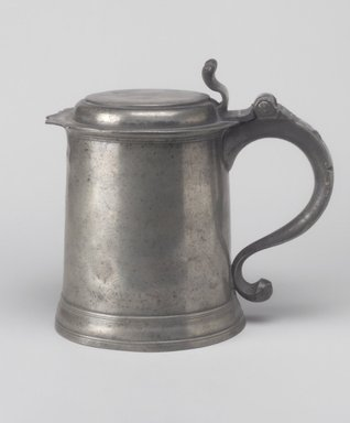 Frederick Bassett (American, active 1761-1800). <em>One-quart Tankard</em>, ca. 1770. Pewter, 6 7/8 x 7 3/8 x 5 1/2 in. (17.5 x 18.7 x 14 cm). Brooklyn Museum, Gift of Mrs. Bergen Glover, 61.51.4. Creative Commons-BY (Photo: Brooklyn Museum, 61.51.4.jpg)