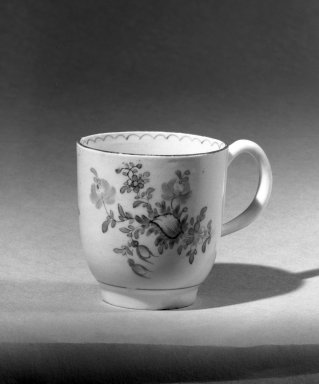 Lowestoft Porcelain Factory. <em>Coffee Cup</em>. Porcelain Brooklyn Museum, Gift of H. Randolph Lever, 63.143.13. Creative Commons-BY (Photo: Brooklyn Museum, 63.143.13_acetate_bw.jpg)