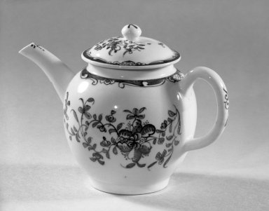 Lowestoft Porcelain Factory. <em>Small Teapot with Lid</em>, ca. 1765. White porcelain Brooklyn Museum, Gift of H. Randolph Lever, 63.143.2a-b. Creative Commons-BY (Photo: Brooklyn Museum, 63.143.2a-b_acetate_bw.jpg)