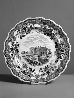 <em>Round Plate</em>. Earthenware Brooklyn Museum, Gift of Mrs. William C. Esty, 63.186.81. Creative Commons-BY (Photo: Brooklyn Museum, 63.186.81_acetate_bw.jpg)