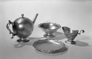James Kerr. <em>Teapot</em>, 1727-1728. Silver Brooklyn Museum, Bequest of Aimee L. May, 63.95.1. Creative Commons-BY (Photo: , 63.95.1_63.95.2_63.95.3_63.95.4_acetate_bw.jpg)