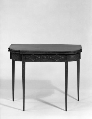 American. <em>Card Table</em>, Circa 1800. Mahogany, 28 3/4 × 35 7/8 × 35 1/2 in. (73 × 91.1 × 90.2 cm) with Top open. Brooklyn Museum, Gift of the Estate of Jeannette S. Taylor, 63.98. Creative Commons-BY (Photo: Brooklyn Museum, 63.98_closed_acetate_bw.jpg)