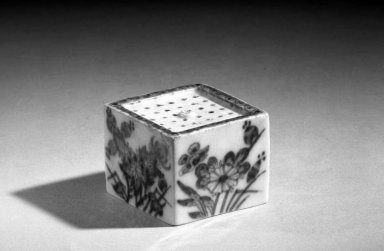 <em>Pounce Pot</em>, late 18th century. Porcelain, H: 1 5/8 in. (4.1 cm). Brooklyn Museum, Anonymous gift in memory of Mary E. Lever and H. Randolph Lever, 64.2. Creative Commons-BY (Photo: Brooklyn Museum, 64.2_acetate_bw.jpg)