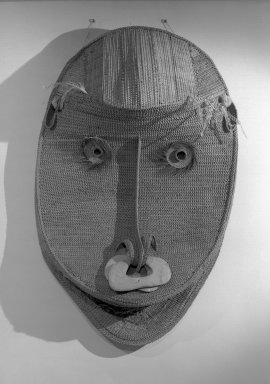 Iatmul. <em>Gable Mask</em>. Rattan, wood, feathers, pigment Brooklyn Museum, Ella C. Woodward Memorial Fund, 65.154. Creative Commons-BY (Photo: Brooklyn Museum, 65.154_front_acetate_bw.jpg)