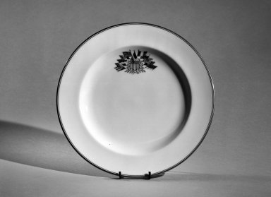 Josiah Wedgwood & Sons Ltd. (founded 1759). <em>Plate</em>, early 19th century. Bone china, gold rim, 7/8 x 8 13/16 in. (2.2 x 22.4 cm). Brooklyn Museum, Anonymous gift, 66.111.2. Creative Commons-BY (Photo: Brooklyn Museum, 66.111.2_acetate_bw.jpg)