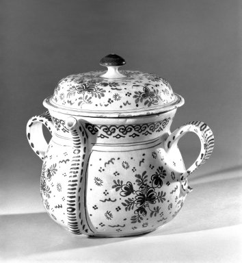 <em>Posset Pot and Cover</em>, ca.1700. Tin-glazed earthenware, 7 1/2 x 6 in. (19.1 x 15.2 cm). Brooklyn Museum, H. Randolph Lever Fund, 66.31. Creative Commons-BY (Photo: Brooklyn Museum, 66.31_acetate_bw.jpg)