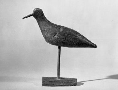 <em>Decoy - Shore Bird (Plover)</em>, ca. 1875. Painted wood probably eastern white pine, bird: 7 x 2 3/4 x 11 in. (17.8 x 7 x 27.9 cm). Brooklyn Museum, H. Randolph Lever Fund, 66.73.3. Creative Commons-BY (Photo: Brooklyn Museum, 66.73.3_acetate_bw.jpg)
