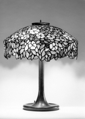 Handel & Company (founded 1893). <em>Lamp</em>, ca. 1900. Glass, lead and bronze, 22 x 18 x 18 in. (55.9 x 45.7 x 45.7 cm). Brooklyn Museum, Bequest of Laura L. Barnes, 67.120.50. Creative Commons-BY (Photo: Brooklyn Museum, 67.120.50_bw.jpg)