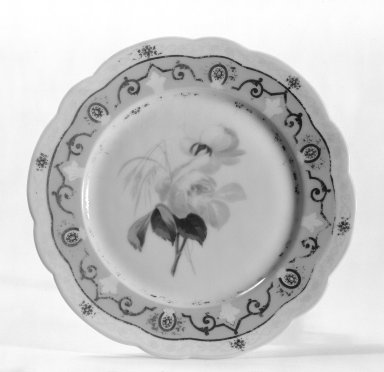 Ovington Brothers (?). <em>Plate</em>, ca. 1889. Porcelain, 3/4 x 7 11/16 in. (1.9 x 19.5 cm). Brooklyn Museum, Gift of Frank J. Schwartz, 67.127. Creative Commons-BY (Photo: Brooklyn Museum, 67.127_bw.jpg)