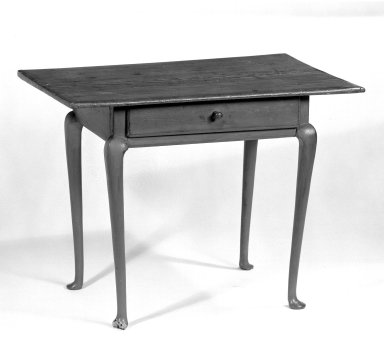 <em>Table</em>, ca. 1770. Pine, maple, 26 1/2 x 36 x 23 3/4 in. (67.3 x 91.4 x 60.3 cm). Brooklyn Museum, Gift of Mr. and Mrs. Henry Sherman, 67.128.1. Creative Commons-BY (Photo: Brooklyn Museum, 67.128.1_bw.jpg)