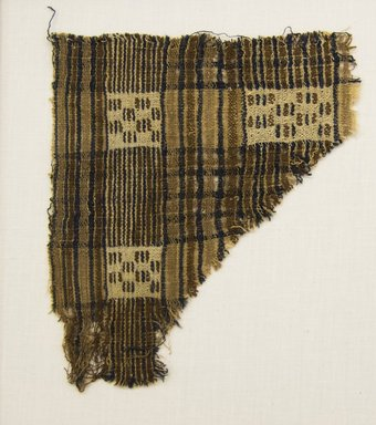 Possibly Chimú. <em>Textile Fragment</em>, 1000-1532. Cotton, 7 1/16 x 5 7/8in. (18 x 15cm). Brooklyn Museum, Gift of Adelaide Goan, 67.159.40. Creative Commons-BY (Photo: Brooklyn Museum, 67.159.40_front_PS5.jpg)