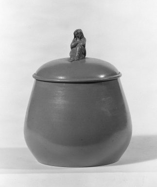 Josiah Wedgwood & Sons Ltd. (founded 1759). <em>Sugar Bowl</em>, ca. 1880. Drabware, 4 1/8 x 3 1/2 in. (10.5 x 8.9 cm). Brooklyn Museum, Gift of Samuel L. Zeigen, 67.16.1. Creative Commons-BY (Photo: Brooklyn Museum, 67.16.1_bw.jpg)